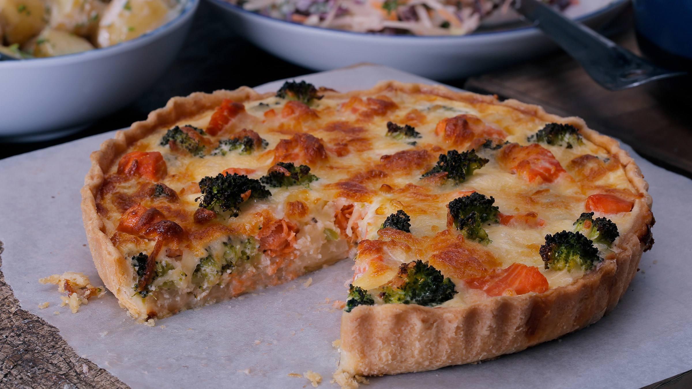 Tarta de salmón y brócoli