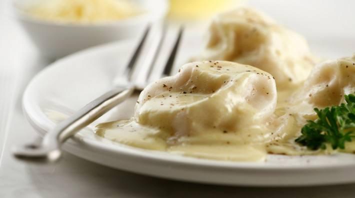 Sorrentinos a la crema de quesos