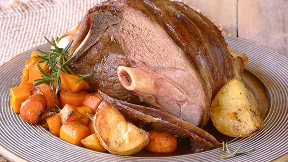 Classic Roast Lamb and Vegetables
