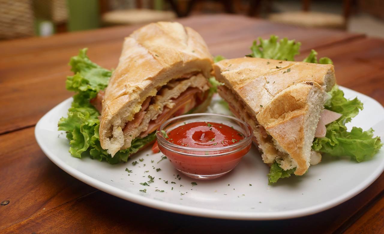 Sandwich de Lomito Asado