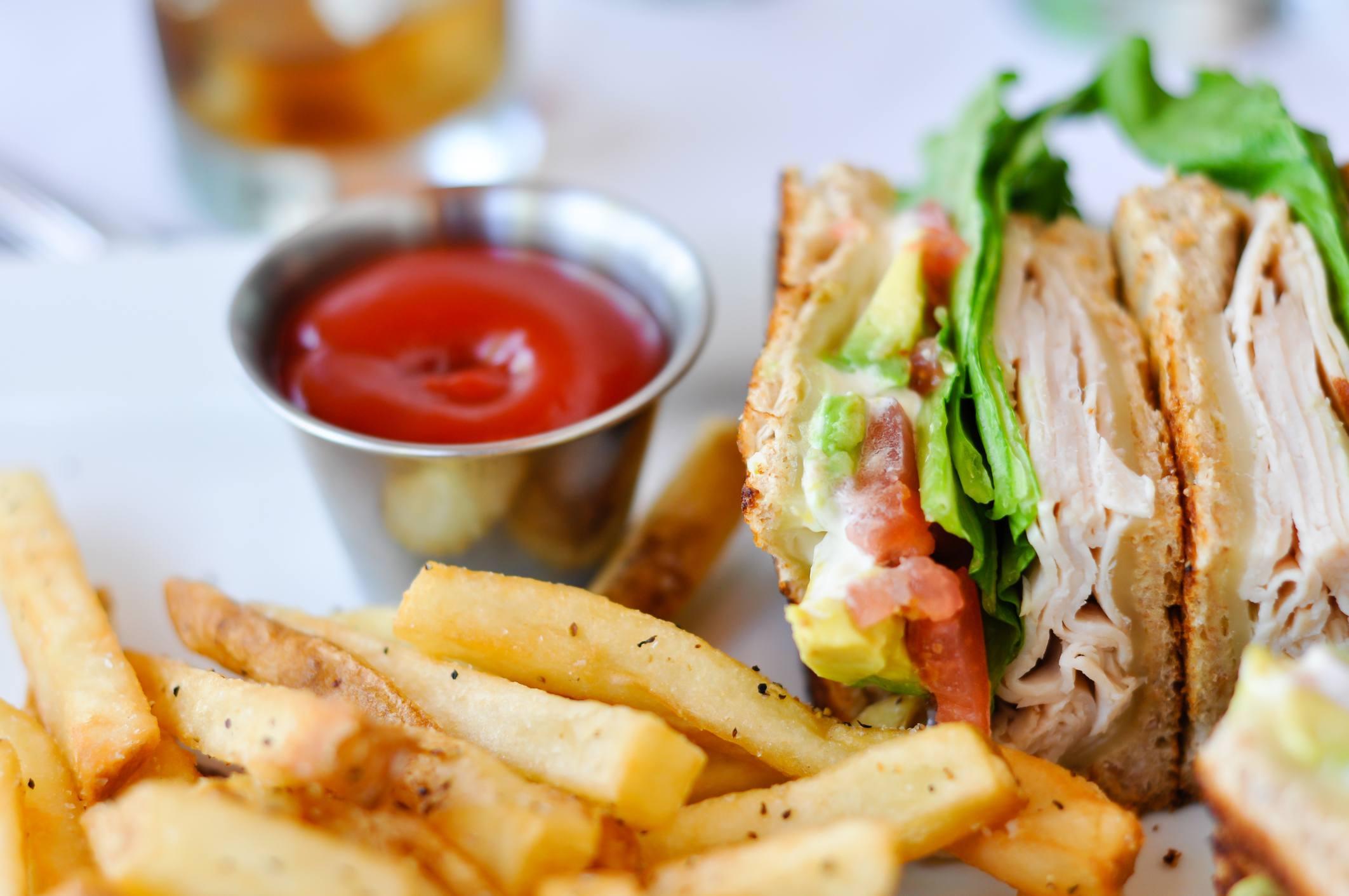 Sandwich de Pavo y Aguacate