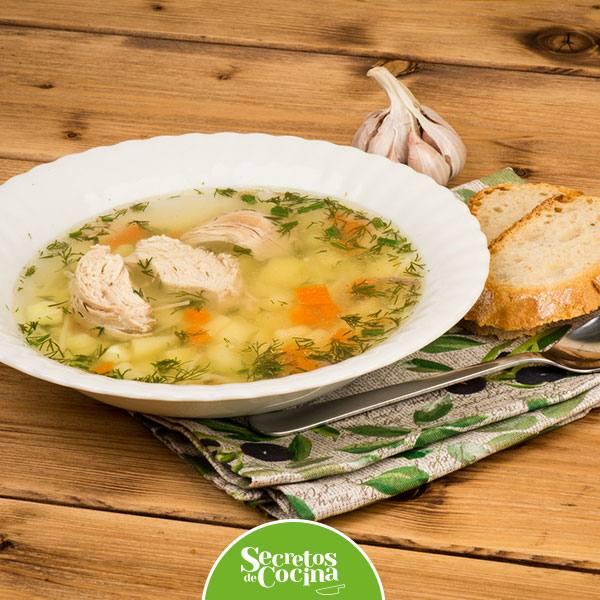 Sopa de Pollo con Miso
