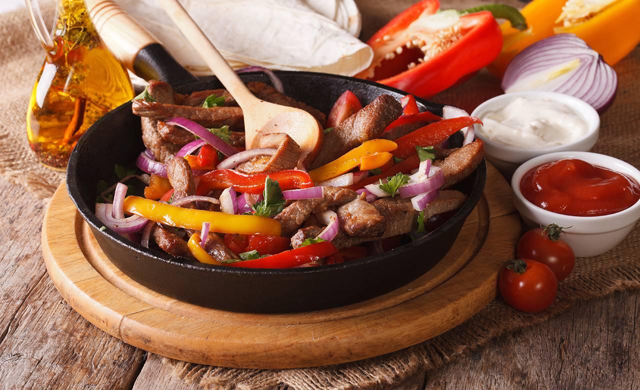 Carne Deshilada en Salsa