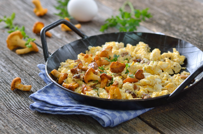 Arvejas Chinas y Champiñones en Huevo