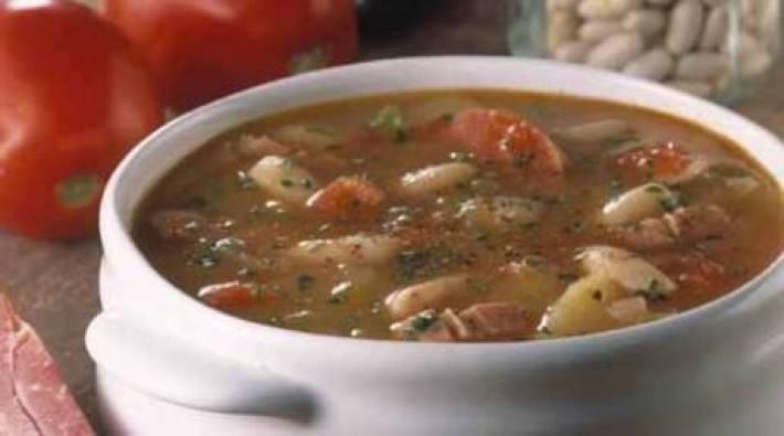 Sopa serbia de judias