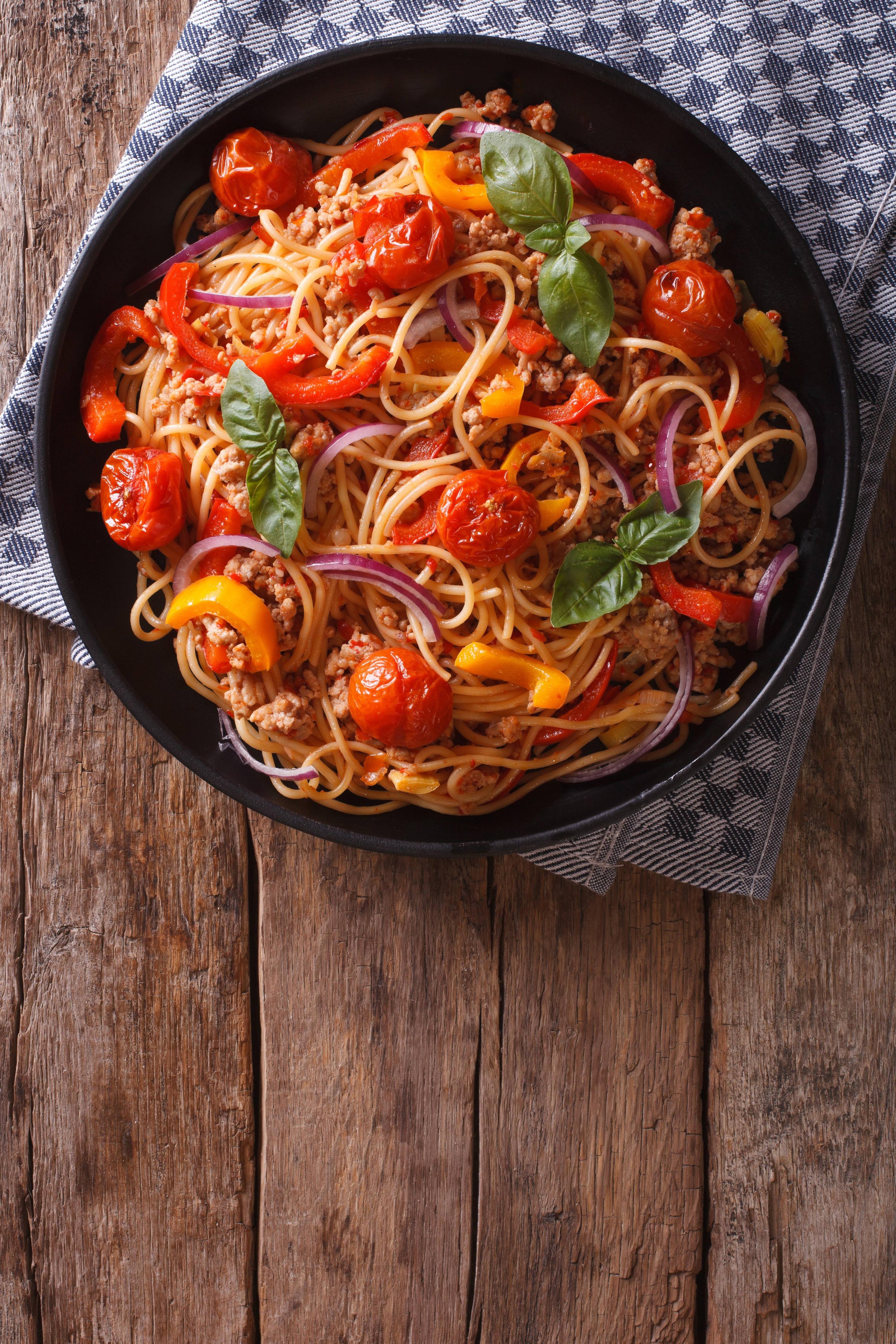 Spaguetti a la Bolognesa y Verduras