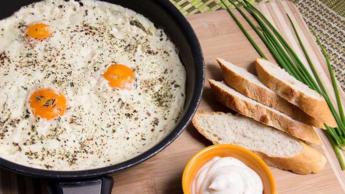 Huevos Iscala con Salsa Tártara Fruco