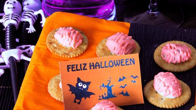 Galletas Halloween con Salsa Rosada Fruco